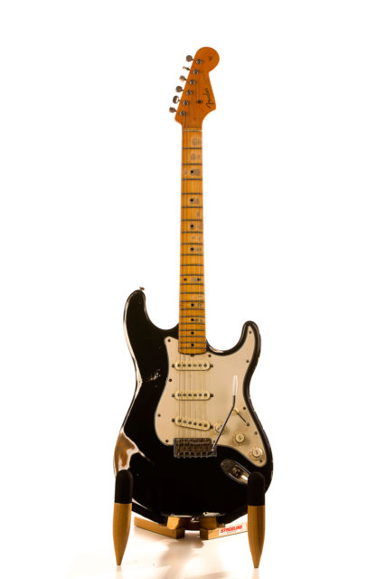 Pusiol-62- stratocaster guitar