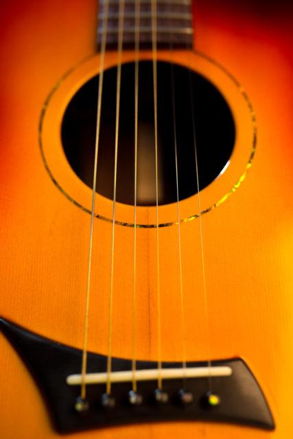 Pusiol_Croz_guitar