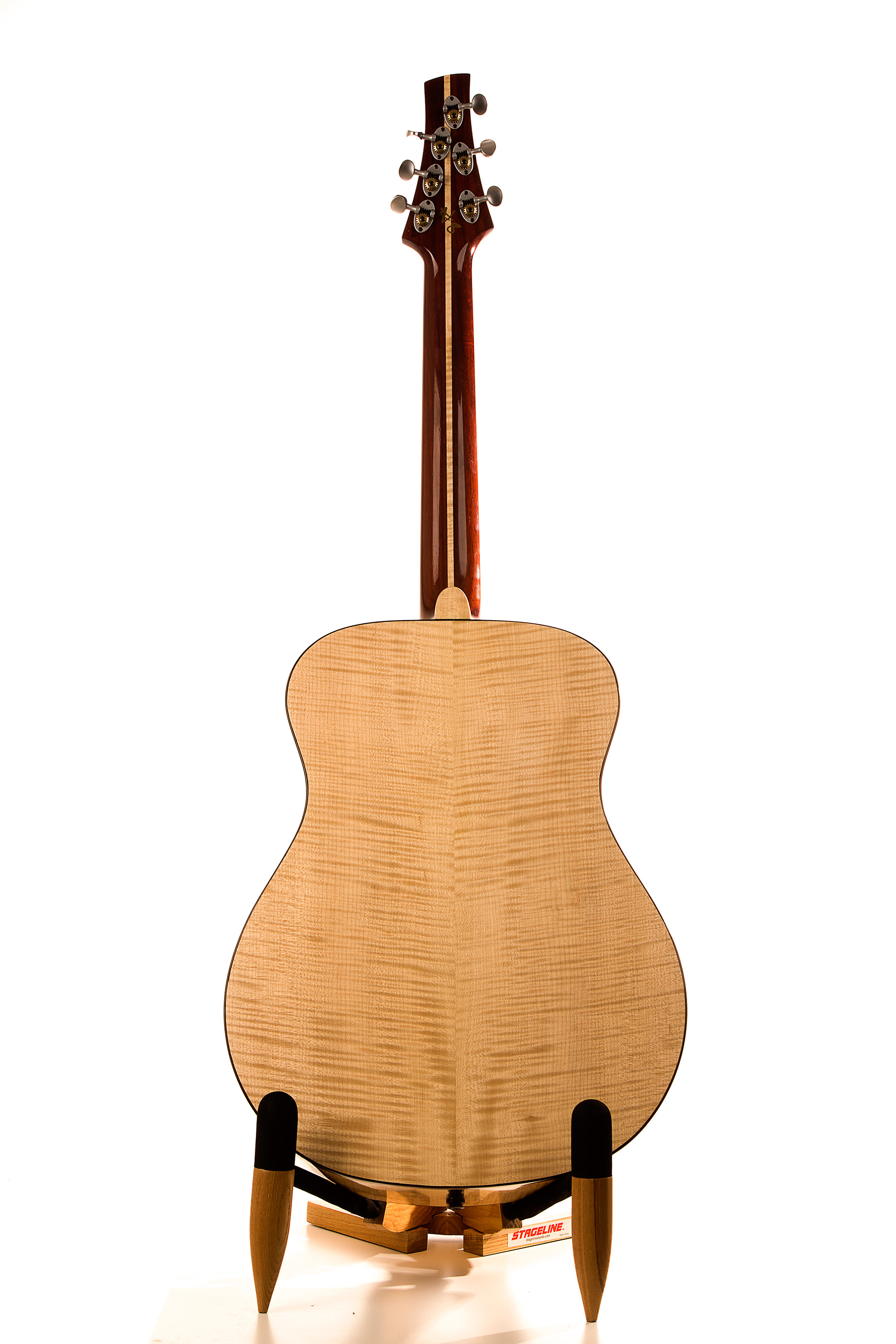 Pusiol_Maple-Syrup guitar
