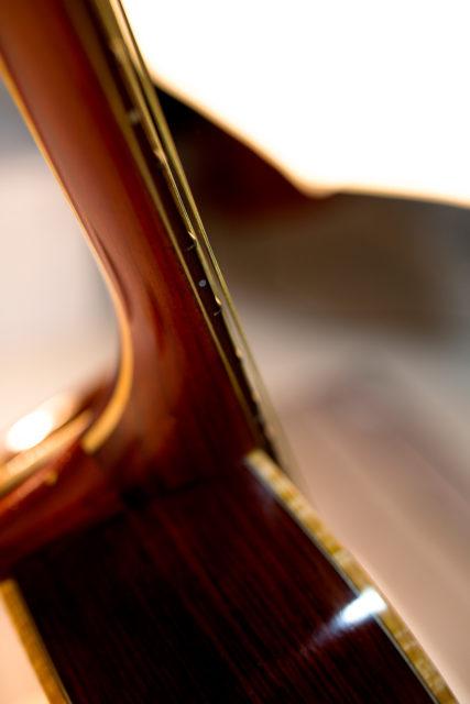 Pusiol_Maple-Syrup guitar